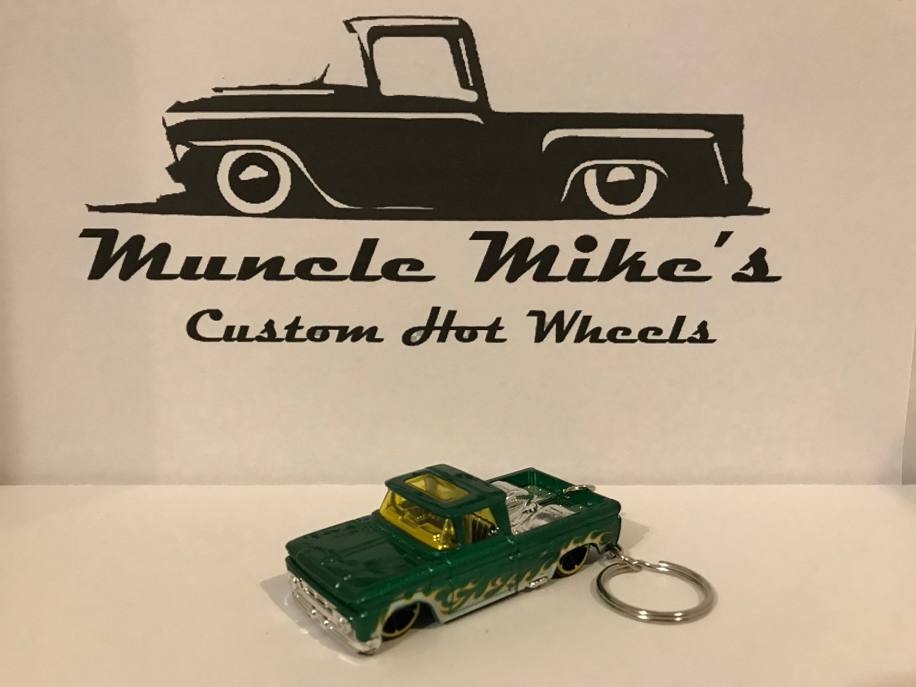 Custom Hot Wheels green with flames 1962 Custom '62 Chevy pickup truck key chain keychain