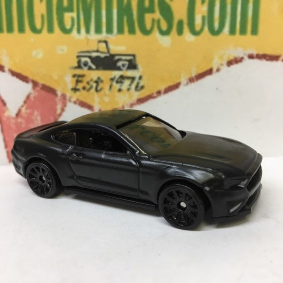 Hot Wheels 2018 Ford Mustang GT Muscle Car Hot Rod FLAT BLACK