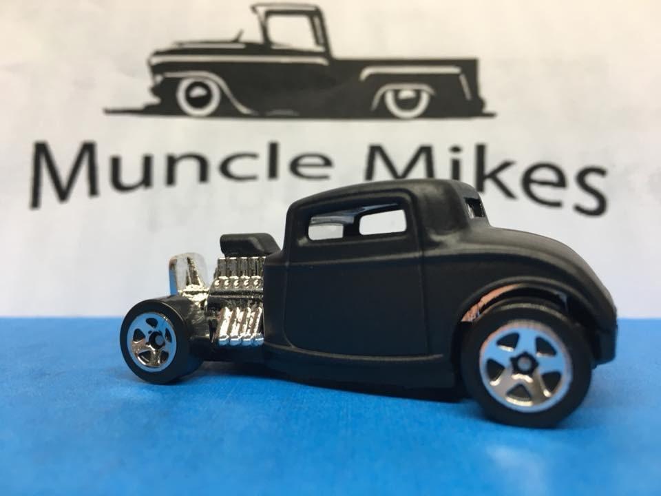 Custom Hot Wheels 32 Ford Flat Black