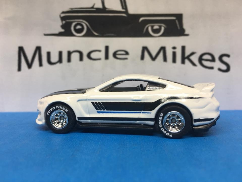 Custom Hot Wheels Ford Shelby Gt350r Rubber Tires Real Rider Style