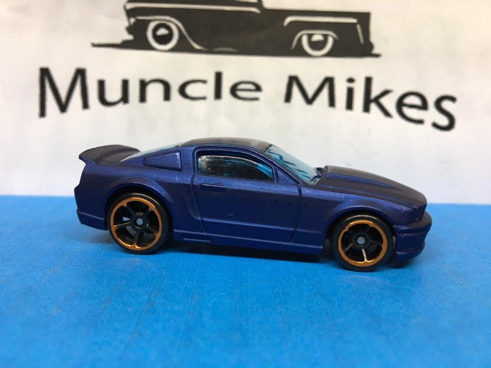 Custom Hot Wheels 07 Ford Mustang Flat Royal Blue