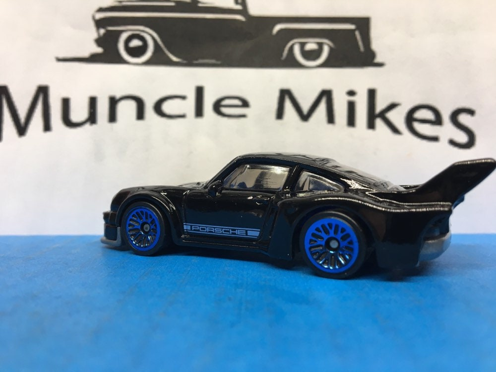 Collectible 2018 Hot Wheels Porsche 934.5 BLACK With Custom Clear Display Case