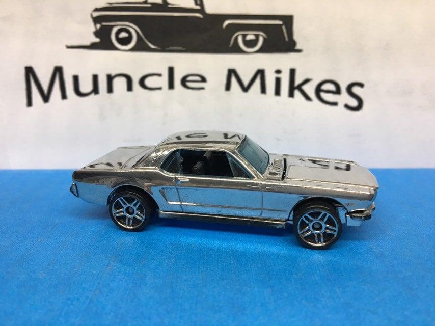 Hot Wheels 1965 Mustang Convertible: POLISHED