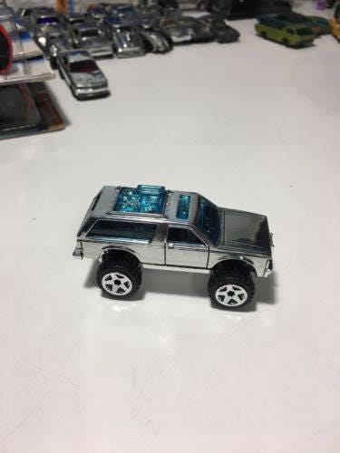 Custom Hot Wheels 2017 Chevy K5 Blazer Chrome Wheels Polished