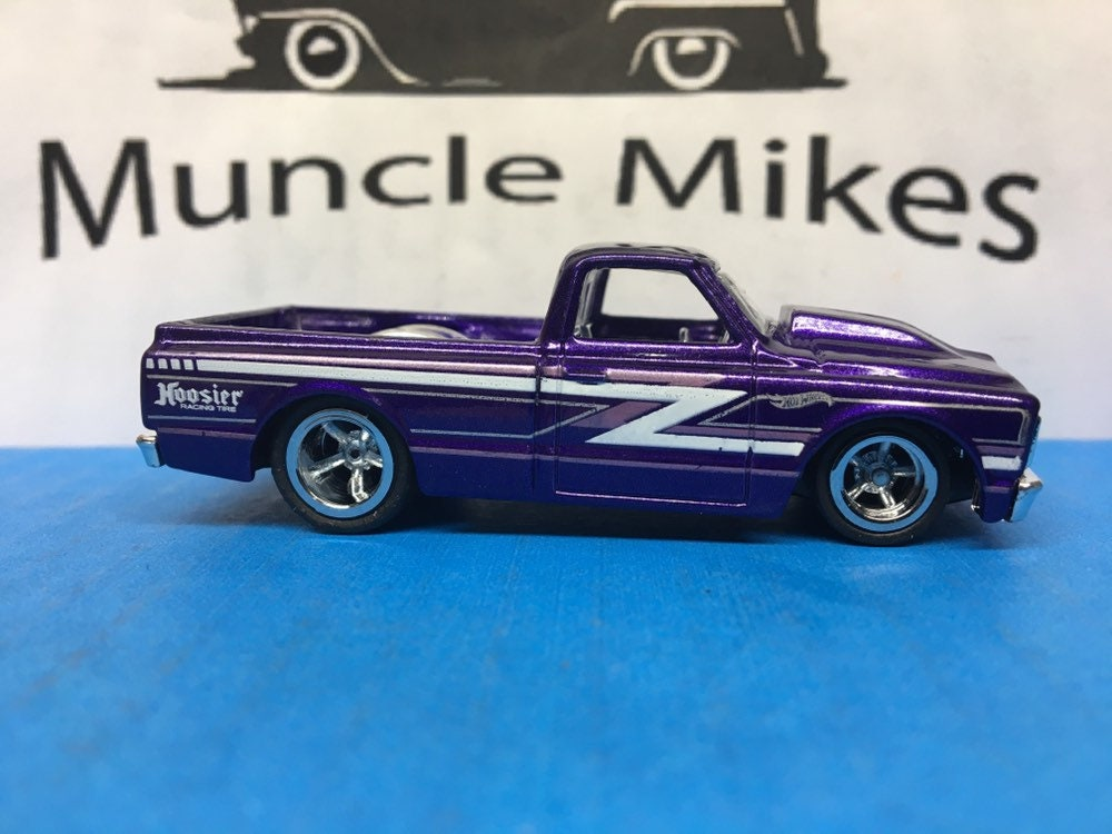 Custom Hot Wheels 1967 Chevy Truck SWB C10 Rubber Tires Real Rider Style
