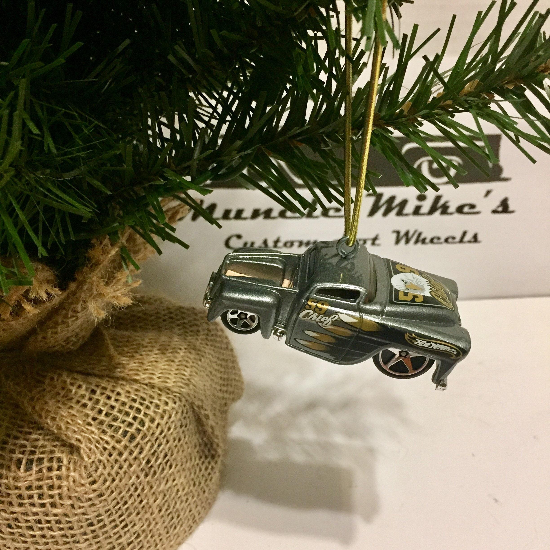 Hot Wheels Christmas Ornament 59 Chevy Hardnose