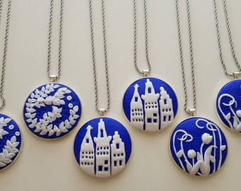 Custom: Cabochon Pendant with Dutch Designs