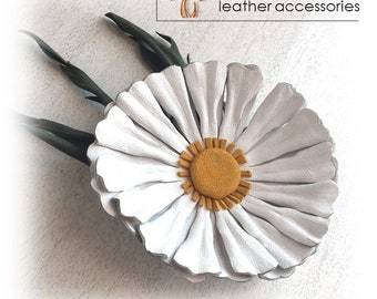 Chamomile, Leather flower, leather brooch, Leather flower pin, Mothers Day gift, handmade, white brooch