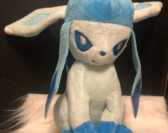 Glaceon Plushy Bundle