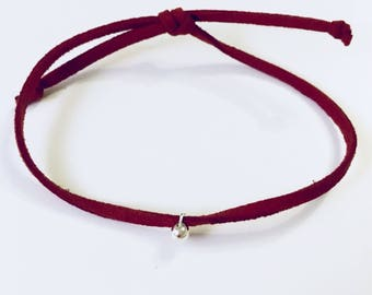 Single suede tie bead bracelet