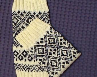 Women leg warmers, leg warmers, knit leg warmers, yoga sock, jacquard leg warmers, woman leg warmers, women's knitted socks