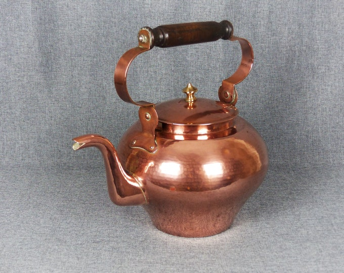 Featured listing image: Large Antique French Copper Kettle