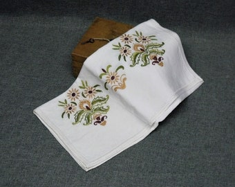 French Linens & Textiles