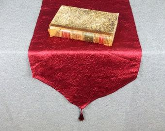 Vintage Bordeaux Crushed Silk Table Runner