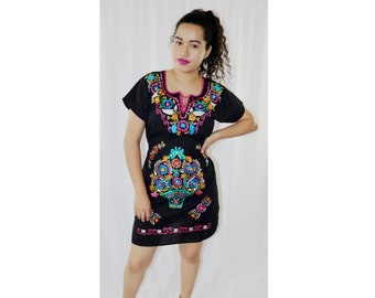afc9f7b484 Women s Mexican Dress - Embroidered Dress - Floral Dress - Black Mexican  Dress - Short Mexican Dress - Mexican Fiesta Dress - Cinco de Mayo