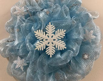 Snowflake Bubble Wreath