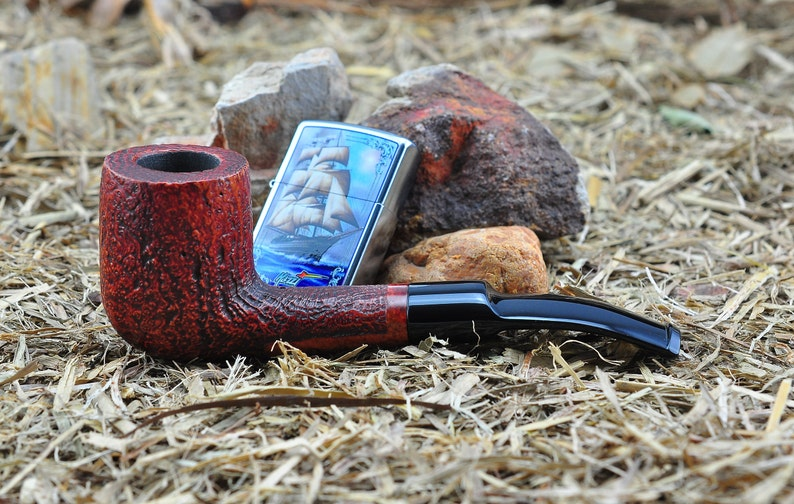 New and SCARCE DINOPUFFIN Vintage Briar Wood Tobacco Pipe Slightly Bent  With an Attractive Sandblasted Tobacco Bowl - Excellent Pipe!