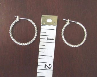 Silver Hoop Earrings! Elegant Round Shape, Spiral Design, Pierced Earrings, Snap Closure