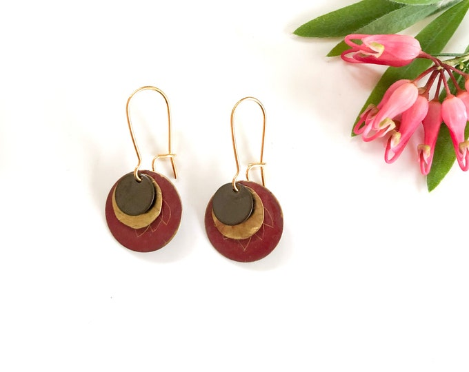 Patina metal earrings: crimson red handmade drop earrings with etching and oxidised brass detail