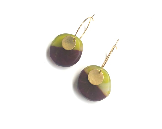 Resin earrings; handmade originals, autumnal green and deep maroon contrasts with brass discs
