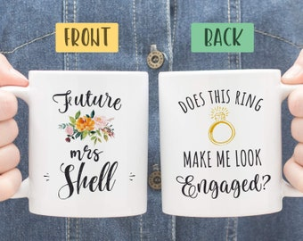 Does This Ring Make Me Look Engaged Mug, Engagement Mug, Engagement Gift, Unique Engagement Gift Ideas for Best Friend, Engagement Present