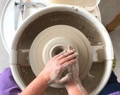 Pottery experience voucher - learn to throw on the potters wheel - potterswheel workshop and friends day out