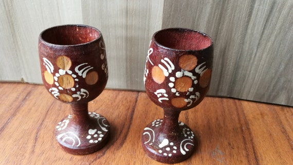 Tremendous Cups With A Wooden Stool Wooden Cups Vintage Small Wooden Cups Drinking Cups Wooden Bowl Decorative Cups Wooden Coasters Andrewgaddart Wooden Chair Designs For Living Room Andrewgaddartcom