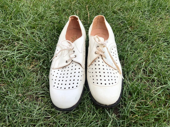 Men's leather shoes / White leather shoes / Vintag
