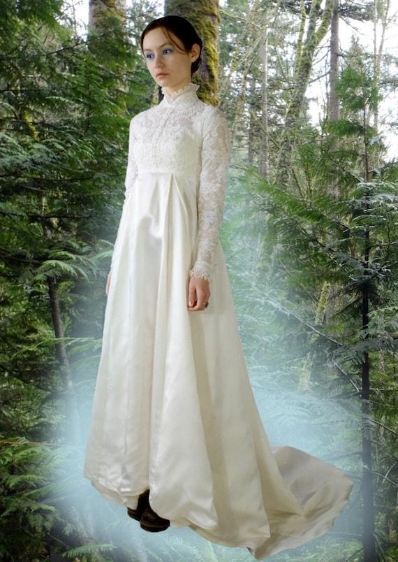 Wedding Dress with Pleated Ruffle Collar