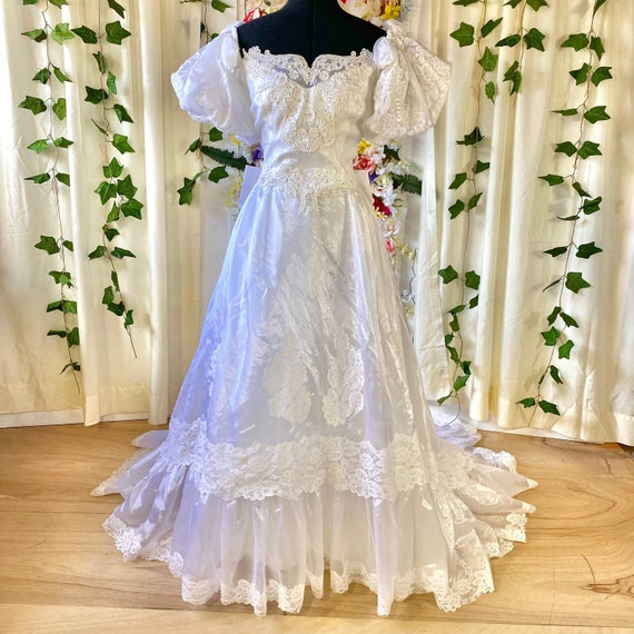 Puff Sleeve Organza Wedding Dress