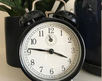 Vintage / Retro Wind-Up Alarm Clock