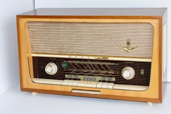 Bluetooth and web radio, Vintage radio, 1960's Grundig Radio with WIFi,  32Gb,