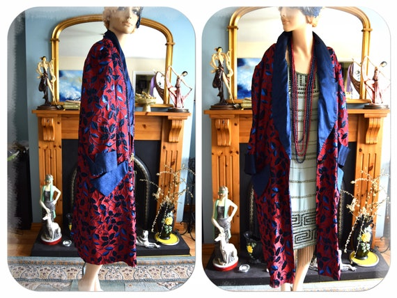 Vintage flapper Art Deco lame brocade navy blue an
