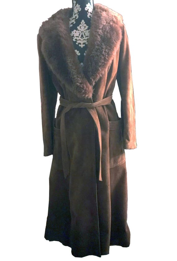 Vintage Camel Suede trench coat with fur collar, s