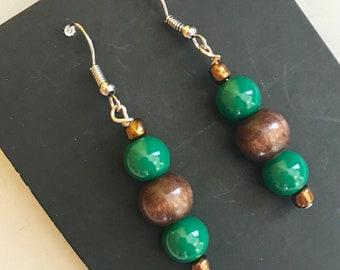Brown and Green Beaded Drop Earrings, Brown Green Beaded Earrings, Brown Green Drop Earrings, Green Brown Earrings, Brown Green Earrings