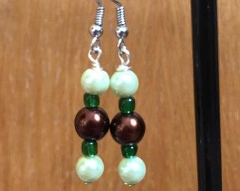 Green And Brown Beaded Earrings, Green Brown Beaded Drop Earrings, Brown Green Earrings, Green Brown Earrings, Beaded Earrings,
