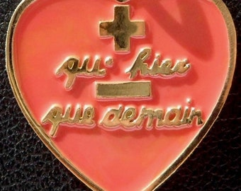 b73050f02d2 Vintage French   + Qu hier - Que Demain   Charm   Love Pendant