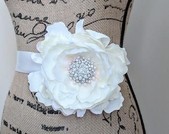 Ivory Pearl Flower Sash