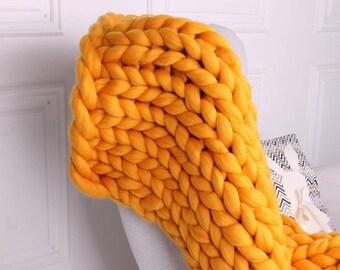 Bulky blanket. Chunky blanket. Chunky knit blanket. Extreme knit. Huge stitch. Giant blanket. Big stitch. Luxury merino blanket. 23 micron