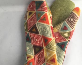 Women's double fleece mitten with wood button accent