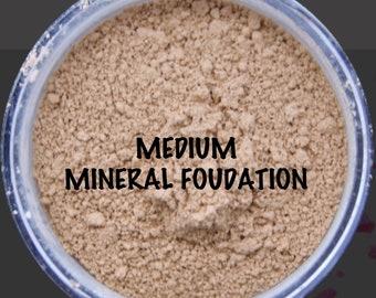 MINERAL MEDIUM FOUNDATION Organic/Natural Loose Powder (30g with Rotating Sifter Jar)