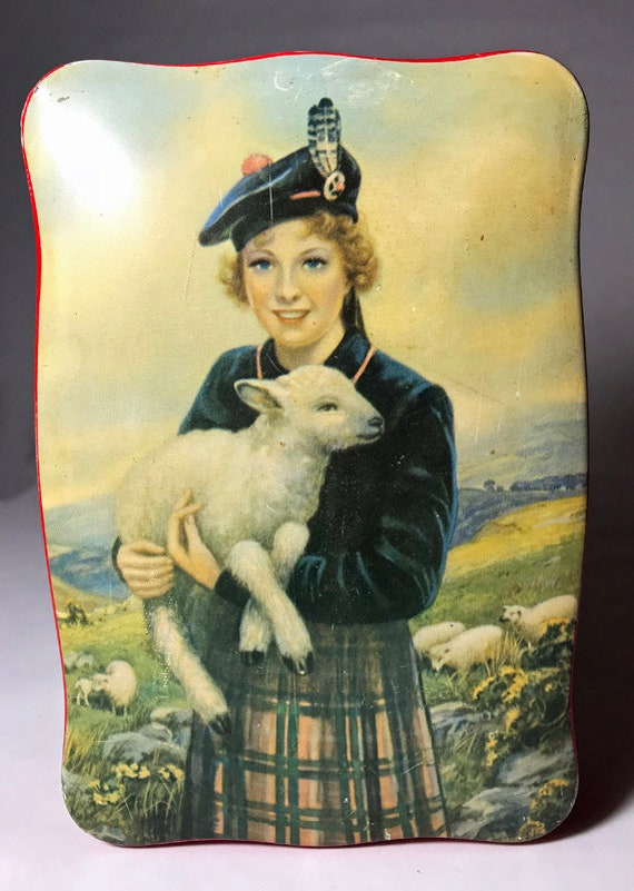 Thorne/'s Made in Leeds England Scottish Lass with a Baby Lamb. The World/'s Premier Toffee Tin
