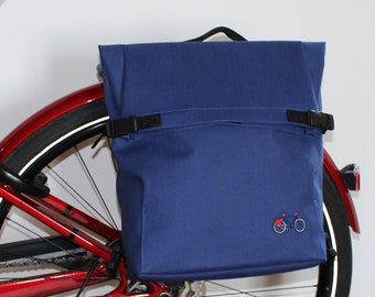 Unisex Backpack for cylists and waterproof rear bikebag  in Blue