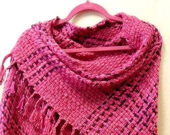 Silkymerino blanket, pink scarf, handwoven pinkshawl, woven pink shawl, merino shoulder blanket, merino shawl, scarf