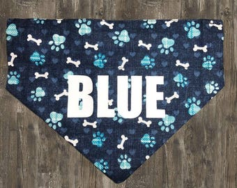 Dog Bandana: Blue bandana with bones and paw prints