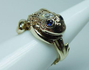 Vintage Diamond Frog Ring 14K Gold with Sapphire Eyes Fine Detail Estate