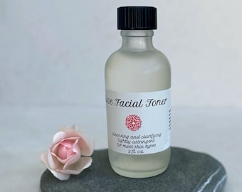 Rose Facial Toner with chamomile and aloe vera. Ph balanced, suitable for all skin types, non-drying, made with organic ingredients.