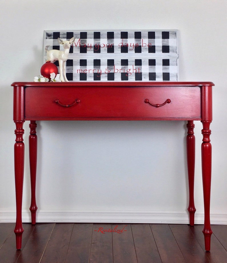 Surprising Pop Of Red Sofa Table Entry Table Bar Download Free Architecture Designs Scobabritishbridgeorg