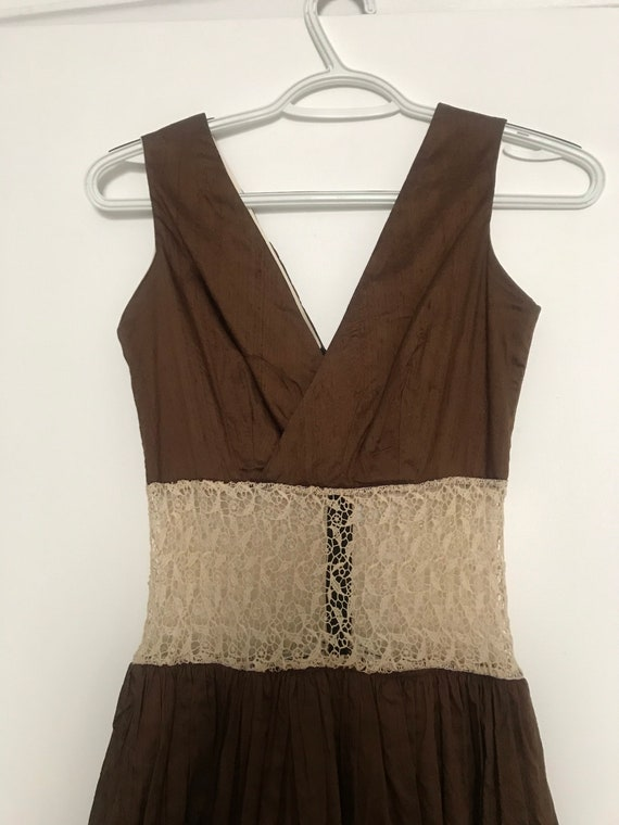 V neck gorgeous silk/cotton dress