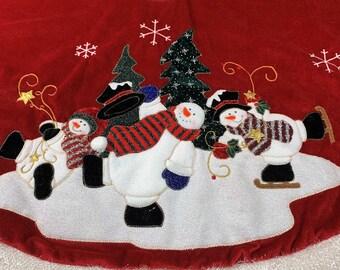Vintage, Christmas Tree Skirt, Rich Red Velvet, Snowmen Happily Ice Skating, Star Shaped Snowflakes Falling, Cute fuzzy Border, Fun! 1980's
